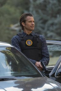 The tall drink of water Timothy Olyphant as US Marshal Raylan Givens.